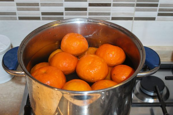 marmellata-arance-in-pentola